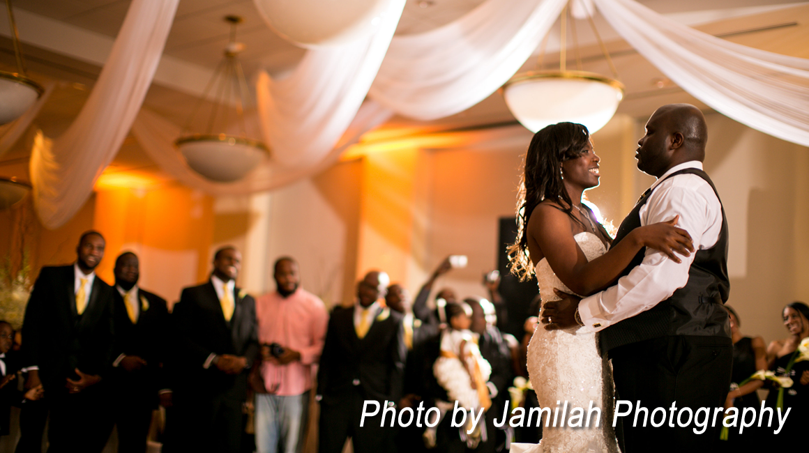 Bride and groom dancing in the Bayview Ballroom at FIU's Roz and Cal Kovens Conference Center
